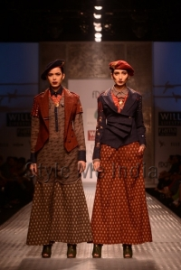 Anju-Modi-at-Wills-Lifestyle-India-Fashion-Week-Autumn-Winter-2013-21