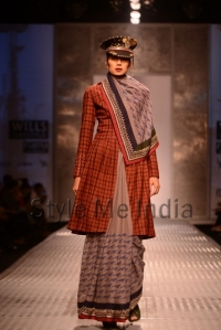 Anju-Modi-at-Wills-Lifestyle-India-Fashion-Week-Autumn-Winter-2013-28