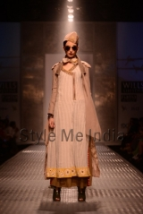 Anju-Modi-at-Wills-Lifestyle-India-Fashion-Week-Autumn-Winter-2013-5