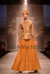 Anju-Modi-at-Wills-Lifestyle-India-Fashion-Week-Autumn-Winter-2013-9