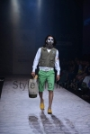 Arjun-Khanna-at-Lakmé-Fashion-Week-Summer-Resort-2013-1
