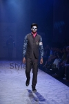 Arjun-Khanna-at-Lakmé-Fashion-Week-Summer-Resort-2013-4