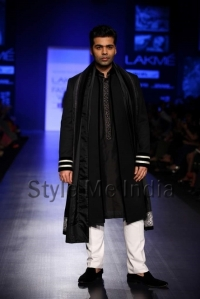 Manish-Malhotra-at-Lakmé-Fashion-Week-Summer-Resort-2013-1