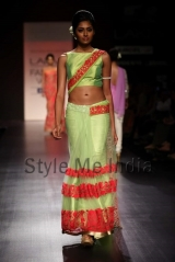 Manish-Malhotra-at-Lakmé-Fashion-Week-Summer-Resort-2013-22