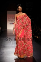 Manish-Malhotra-at-Lakmé-Fashion-Week-Summer-Resort-2013-23