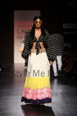Manish-Malhotra-at-Lakmé-Fashion-Week-Summer-Resort-2013-28