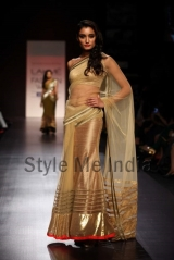 Manish-Malhotra-at-Lakmé-Fashion-Week-Summer-Resort-2013-34
