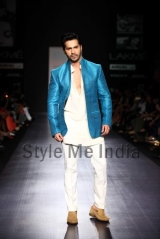 Manish-Malhotra-at-Lakmé-Fashion-Week-Summer-Resort-2013-36