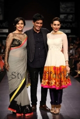 Manish-Malhotra-at-Lakmé-Fashion-Week-Summer-Resort-2013-46