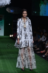Masaba-at-Lakmé-Fashion-Week-Summer-Resort-2013-3