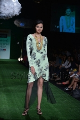 Masaba-at-Lakmé-Fashion-Week-Summer-Resort-2013-4