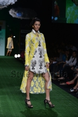 Masaba-at-Lakmé-Fashion-Week-Summer-Resort-2013-7