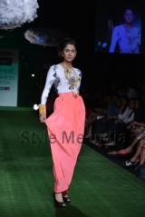 Masaba-at-Lakmé-Fashion-Week-Summer-Resort-2013-8