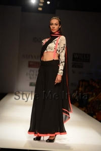 Masaba-for-Satya-Paul-at-WIFW-Autumn-Winter-2013-32 (1)