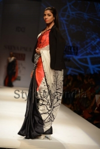 Masaba-for-Satya-Paul-at-WIFW-Autumn-Winter-2013-35