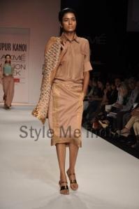 Nupur-Kanoi-at-Lakmé-Fashion-Week-Summer-Resort-2013-11