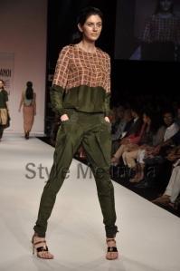 Nupur-Kanoi-at-Lakmé-Fashion-Week-Summer-Resort-2013-13