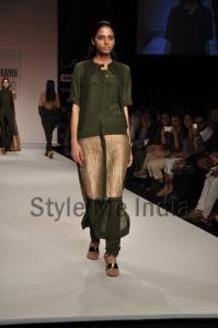 Nupur-Kanoi-at-Lakmé-Fashion-Week-Summer-Resort-2013-14