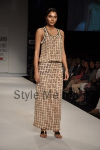 Nupur-Kanoi-at-Lakmé-Fashion-Week-Summer-Resort-2013-7