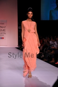 Zovi-Gen-Next-at-Lakmé-Fashion-Week-Summer-Resort-2013-15