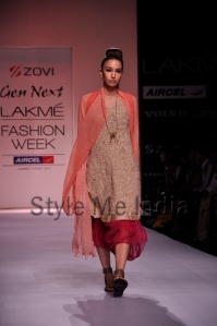 Zovi-Gen-Next-at-Lakmé-Fashion-Week-Summer-Resort-2013-16