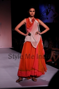 Zovi-Gen-Next-at-Lakmé-Fashion-Week-Summer-Resort-2013-18