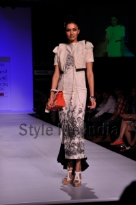 Zovi-Gen-Next-at-Lakmé-Fashion-Week-Summer-Resort-2013-19