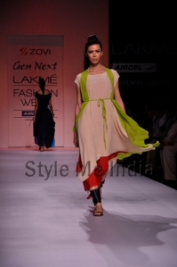 Zovi-Gen-Next-at-Lakmé-Fashion-Week-Summer-Resort-2013-6
