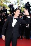 Adrien-Brody-Burberry-Cleopatra-2013-Cannes-Film-Festival-Premiere-5