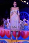 Manish-Arora-show-at-PCJ-Delhi-Couture-Week-2013-2