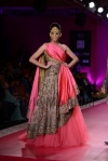 Ritu-Beri-at-Delhi-Couture-week-2013-22