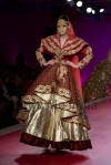 Ritu-Beri-at-Delhi-Couture-week-2013-25