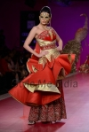 Ritu-Beri-at-Delhi-Couture-week-2013-28