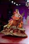 Ritu-Beri-at-Delhi-Couture-week-2013-38