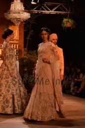 Sabyasachi-at-PCJ-Delhi-Couture-Week-2013-2