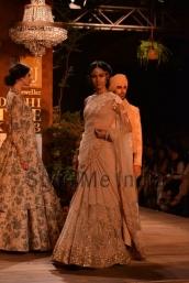 Sabyasachi-at-PCJ-Delhi-Couture-Week-2013-2