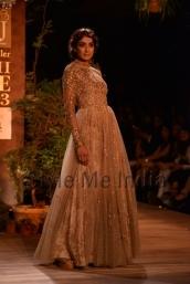 Sabyasachi-at-PCJ-Delhi-Couture-Week-2013-24