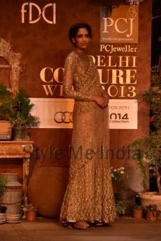 Sabyasachi-at-PCJ-Delhi-Couture-Week-2013-34