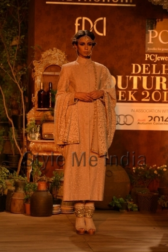 Sabyasachi-at-PCJ-Delhi-Couture-Week-2013-6