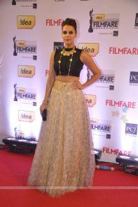 310172-neha-dhupia-was-seen-at-the-59th-idea-filmfare-awards-2013.jpg