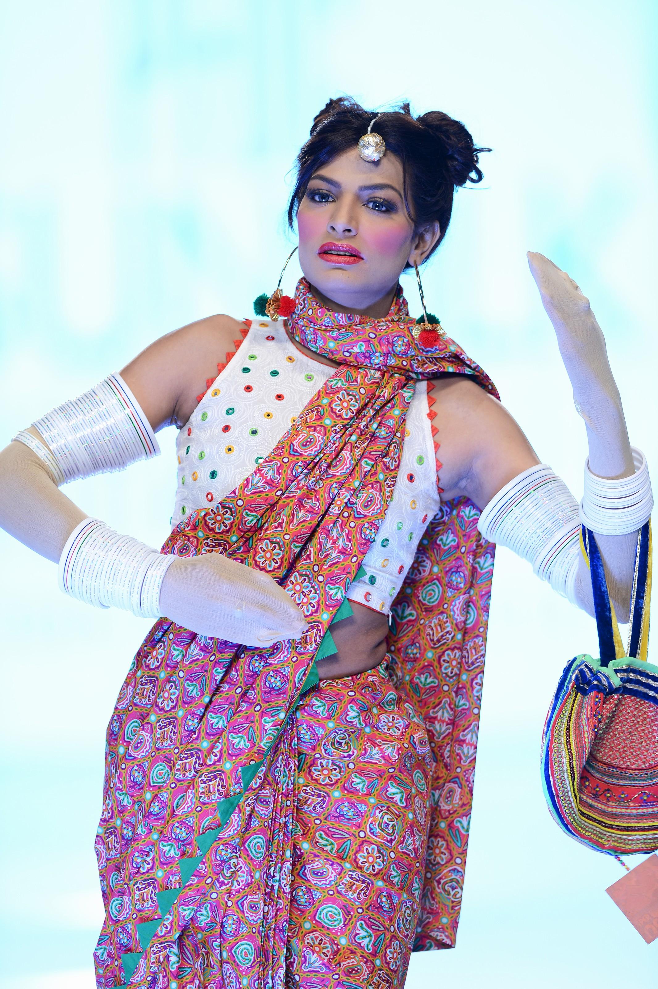 Kayseria Latest Winter Prints Best Shawls Dresses 2014: Kayseria « Musings Of A Fashion Designer