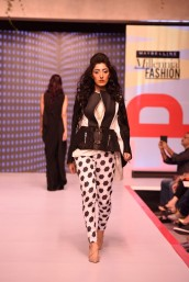 1_Aalish_Manzoor_31 (Large)