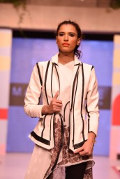 1_Aalish_Manzoor_45 (Large)