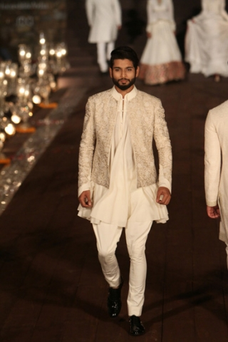 WIFWSS'15D5S5RohitBalRunway039