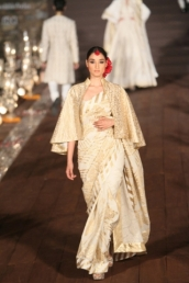 WIFWSS'15D5S5RohitBalRunway060