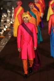 WIFWSS'15D5S5RohitBalRunway184_1