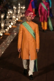 WIFWSS'15D5S5RohitBalRunway202_1