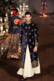 WIFWSS'15D5S5RohitBalRunway292