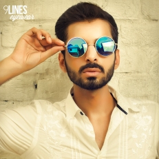 Blue Mirrored Round Sunglasses