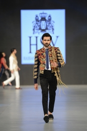 HSY (70)